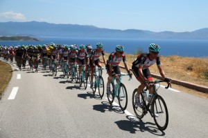What the pace line looked like before the Big Crash on Stage 3 of the 2015 Tour de France.
